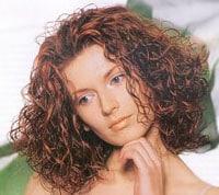 Биозавивка волос - крупные локоны, фото
