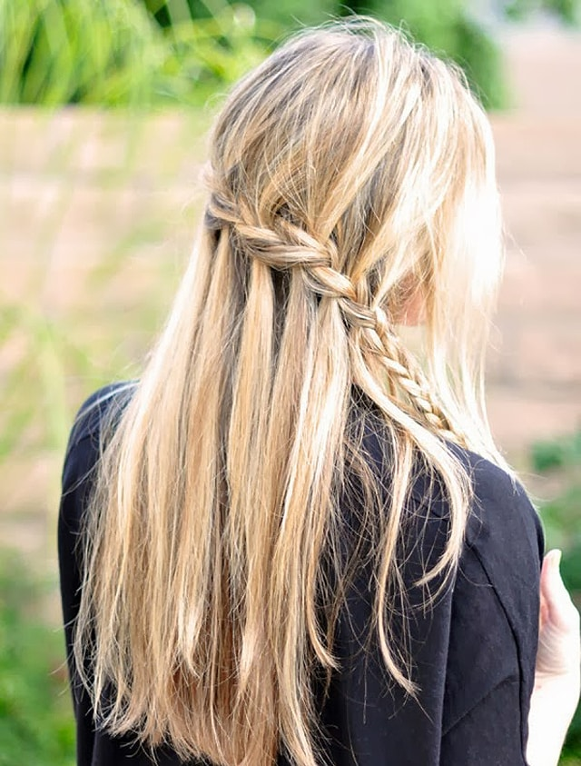 Коса водопад заканчивается обычной косой