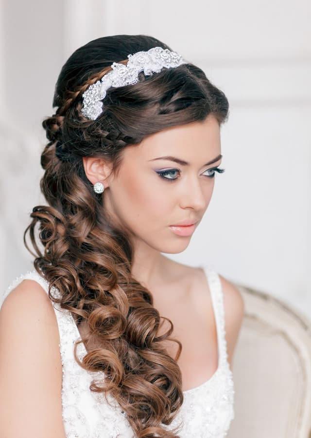 прическа в греческом стиле на свадьбу 1
