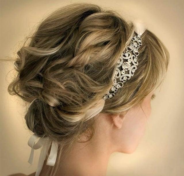 прическа в греческом стиле на свадьбу 4