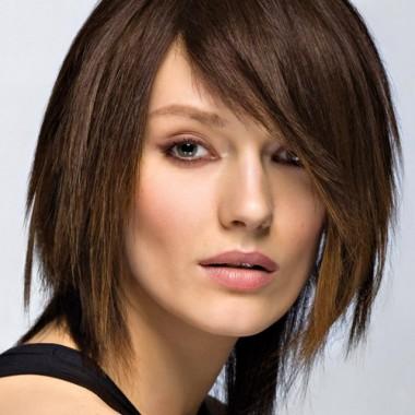 ассиметричная стрижка стрижка на средние волосы