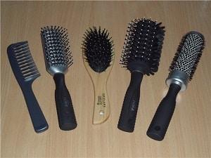 Фотография щеток для волос