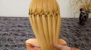 Плетение косы-водопад